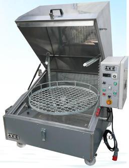machine laver panier tournant pour pi ces m caniques machine de lavage de pi ces m caniques. Black Bedroom Furniture Sets. Home Design Ideas
