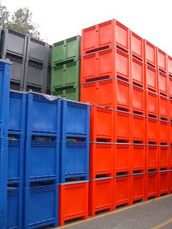 Caisse palette plastique gerbable de couleur caisse palette bleu rouge vert ou gris - Palette de couleur html ...